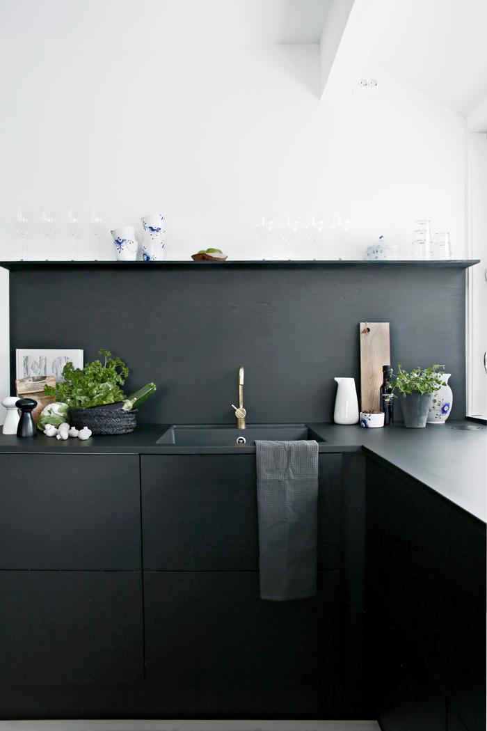 Making-food_JKE-Design-kitchen2.png