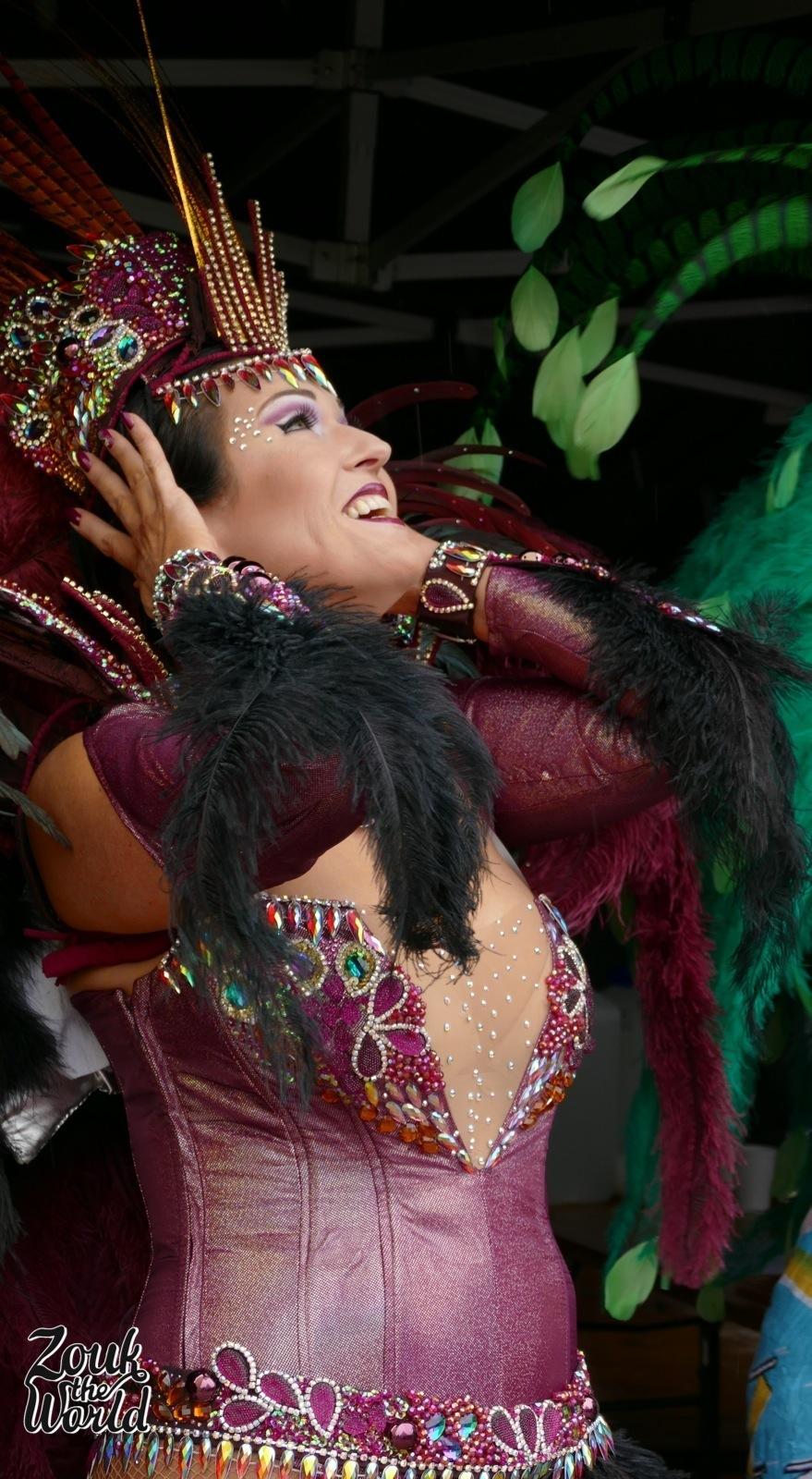 Roseira's dancer seems excited despite the rain