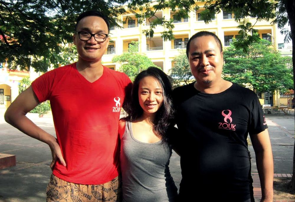 Binh Mai (on the right) with Phuong Vu and Xi Trum