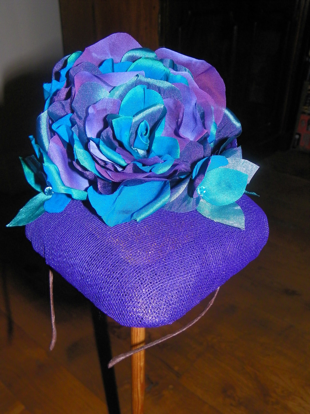 Square button headpiece with silk handmade roses