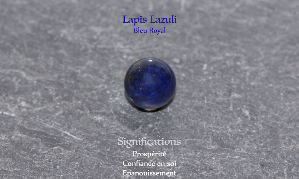 Healing powers of Lapis Lazuli from Atelier JAWERY