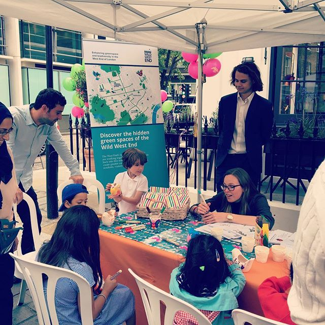 @wild_west_end Painting flower pots at Portman Summer Street Party @arupenviro