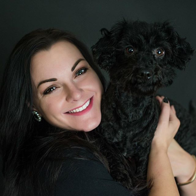 A dog is the only thing on earth that loves you more than you love yourself. 🐶 Cash certainly loves his momma! This little guy is full of personality and so much fun to play with. 💜 Do you have a little pup you'd love to capture in some photos? 💻 Let's design your dream shoot! 🖼 www.anicoleportrait.com . . . . . #lexingtonkentucky #lexington #lexingtonky #lexingtoncompany #lexingtonphotographer #lexingtondogs #kentuckydog #kentuckydogs #kentuckypets #kentuckypetphotographer #lexingtonpet #lexingtonpetphotographer #petphotography #dogsofinstagram #doggo #doggy #dogsofinstaworld #puppylove #shopthelex #happylife #kentuckygirls #kentuckyproud #kentuckylife #kentuckyblogger #lexingtonblogger
