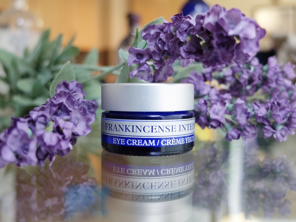 neals_yard_frankincense_eye_cream_review