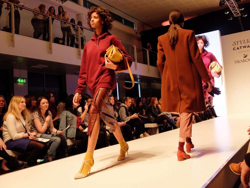 Stylist_Live_Review_catwalk