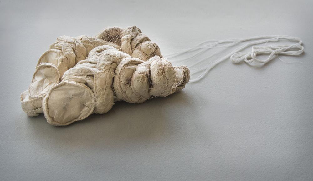 Sawing cotton, 25x22x8cm, 2010 (Photo: Staffan Löwstedt)