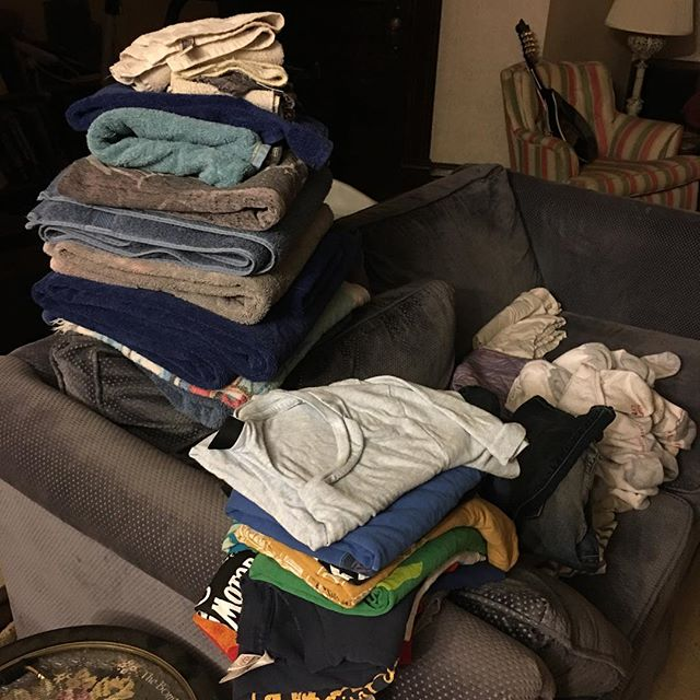 Got fat stacks #guitarlife #dayoff #adulting #selfemployed #laundry #hashtag #collegegrad #musicislife #millennial #minnesotabeer #minnesotagram