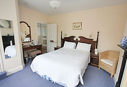 southwold-house-bedroom1.jpg