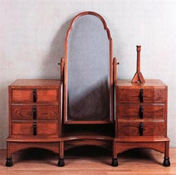 Dressing table fitted with 4 drawers ~ Russell, Gordon 1927