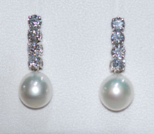 pearldiaearrings.jpg