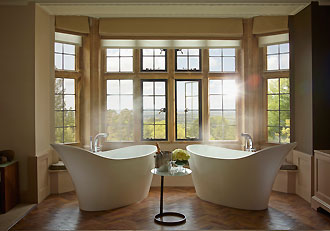 Oak Suite Baths
