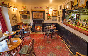 crown-and-trumpet-inn-pub-broadway-worcestershire-m.jpg