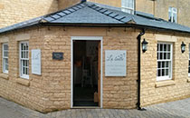 La Bulle - Handbags Cotswold Court Broadway Tel: 01386 244494