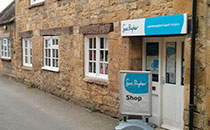 Sue Ryder Care - Shop 2 Kennel Lane Broadway Tel: 01386 853925