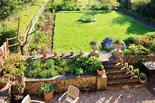 windrush-house-bed-and-breakfast-broadway-cotswolds-worcestershire-garden2.jpg