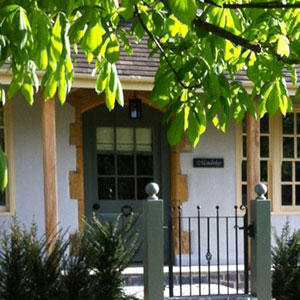 Manderley Cottage Sleeps 4 Broadway More details....