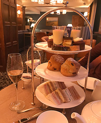 blog-lygon-arms-afternoon-tea-broadway-cotswolds-worcestershire.jpg