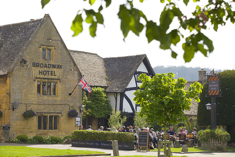 broadway-hotel-front2-broadway-worcestershire-cotswolds-uk.jpg