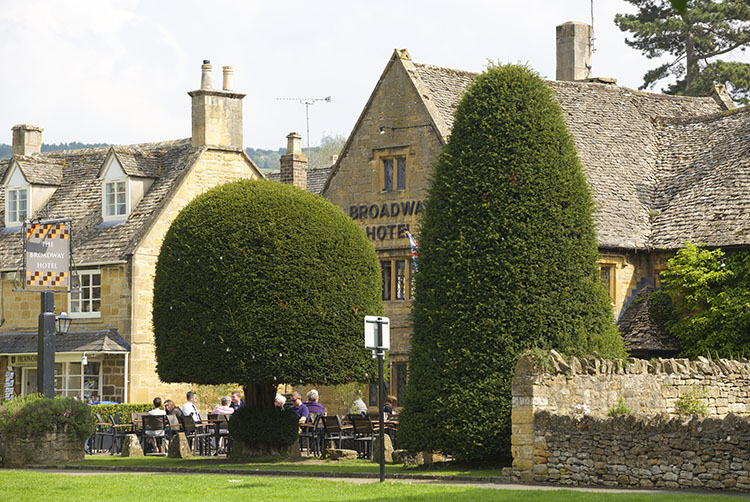 broadway-hotel-front3-broadway-worcestershire-cotswolds-uk.jpg