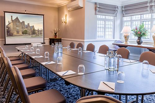 lygon-arms-meeting-conference-room-drawing-room-broadway-cotswolds.jpg