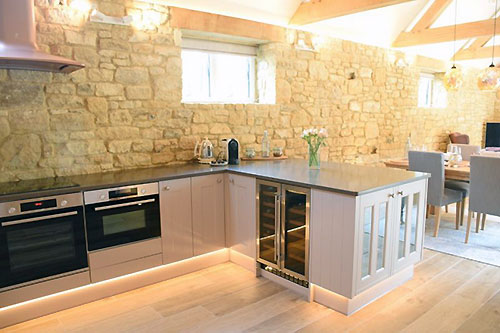 lily-rose-cottage-self-catering-kitchen-broadway-worcestershire-cotswolds-england-uk.jpg