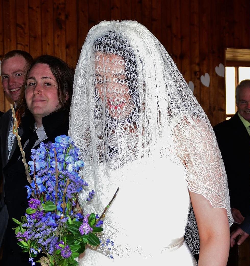 WEDDING VEIL A.jpg