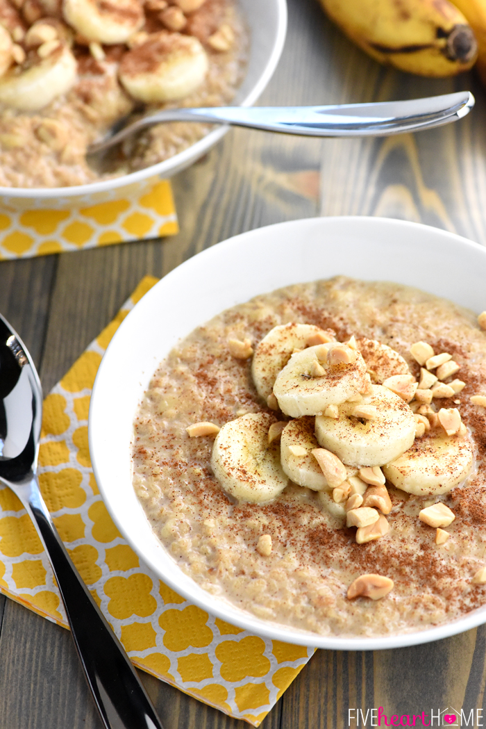 Peanut-Butter-Banana-Oatmeal-Quick-Easy-Breakfast-Recipe-by-Five-Heart-Home_700pxScene2.jpg