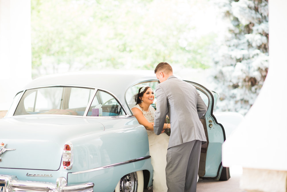 vintage cars at weddings