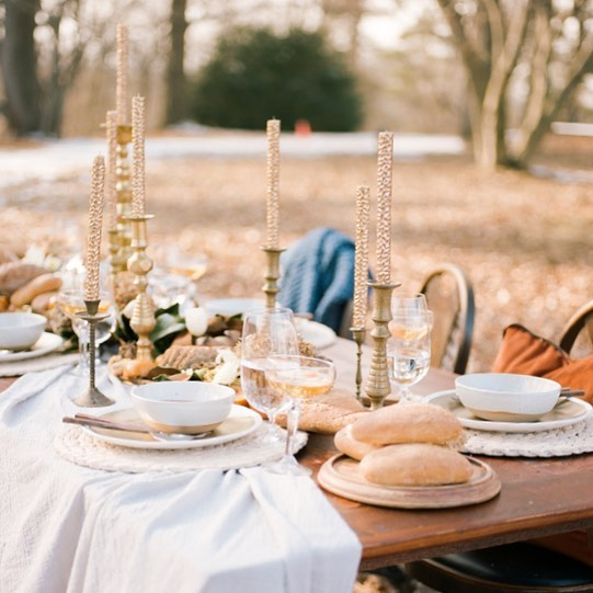 Still reeling from this gorgeous styled shoot featured on @theperfectpalette this week! Winter is seriously my favorite season!  Styling by: @storybydesignevents / Florals: @alliumfloraldesign / Bakery: @lovebitesbyerika / Officiant: @alisatongg / Linens: @floraposteweddings / Signs: @signedbym / Clothing: @loosethreadsboutique / Models: @chelspellegrino @brianne_kelly @ssaharic64 /Furniture Rentals: @foxandfinchvintagerentals