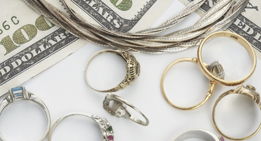 Read's Jewelry and Loan buys gold and diamond jewelry.