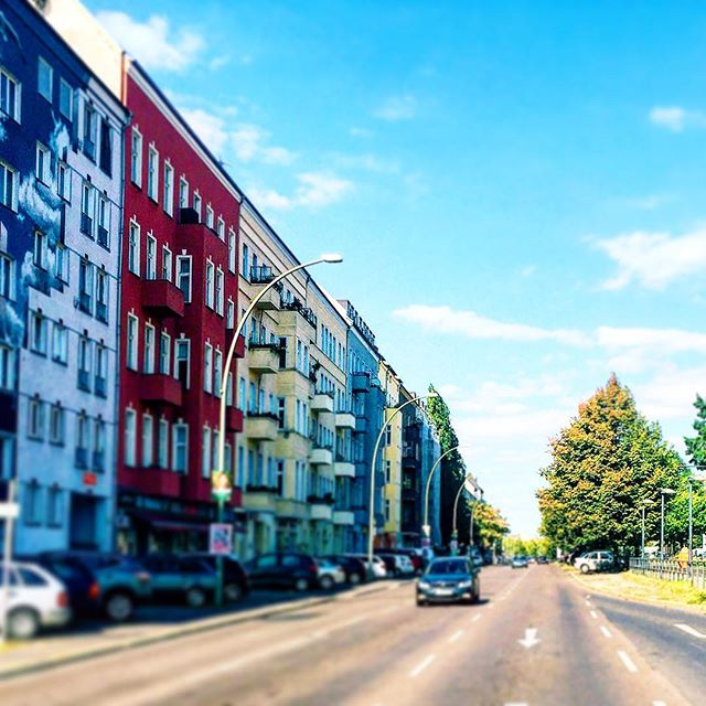 Take me back to these 🌞days 💙❤️💛💚 #wishfulthinking #inspo #berlinisforlovers