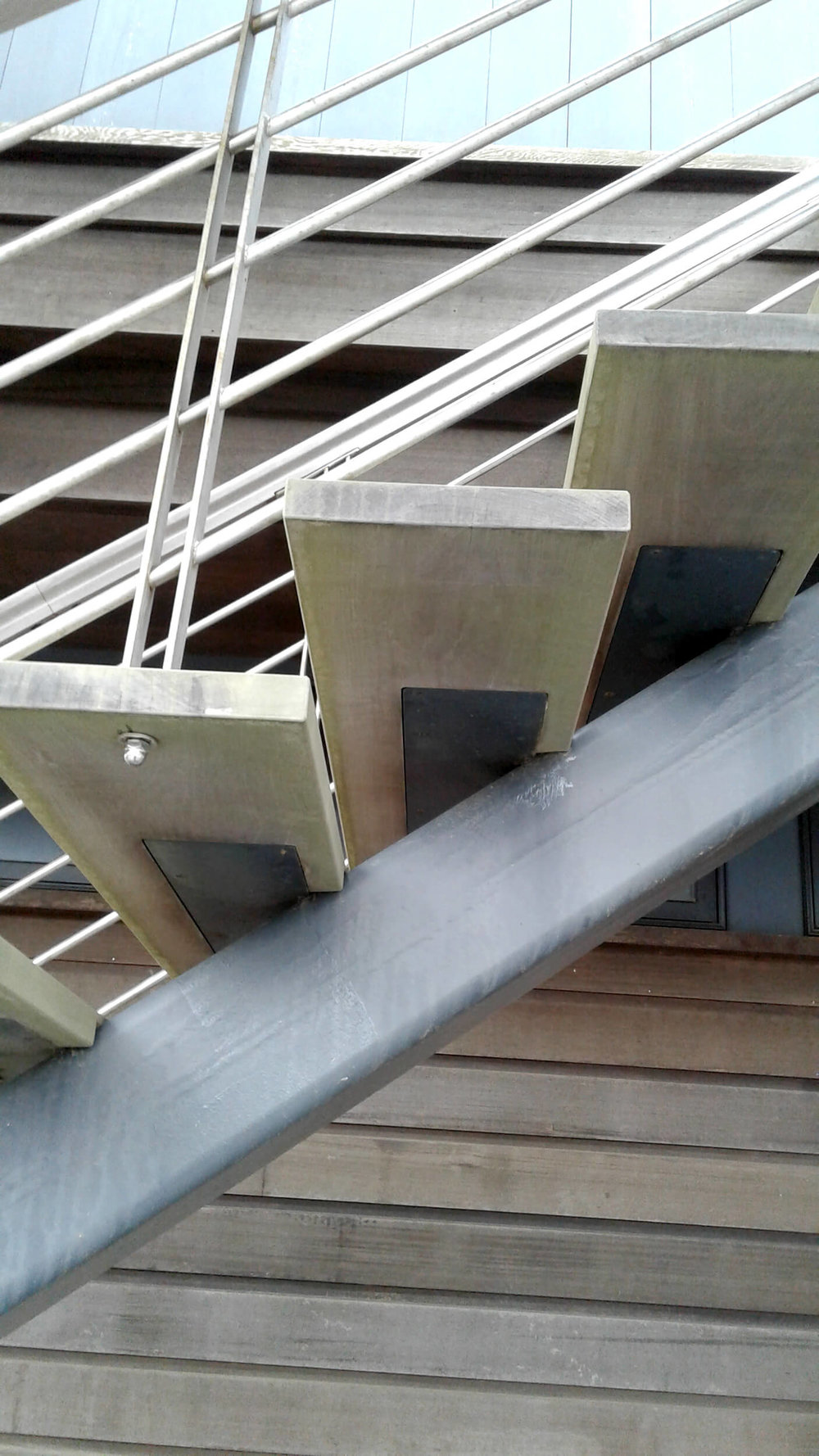 Tubular Steel Single Stringer Stair