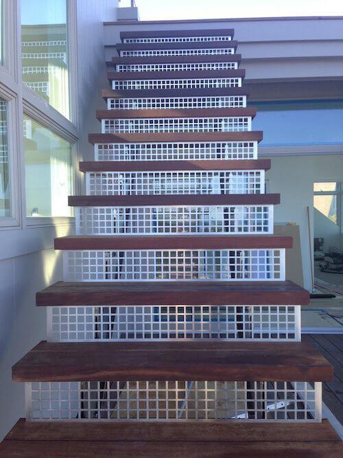Stringer Stair