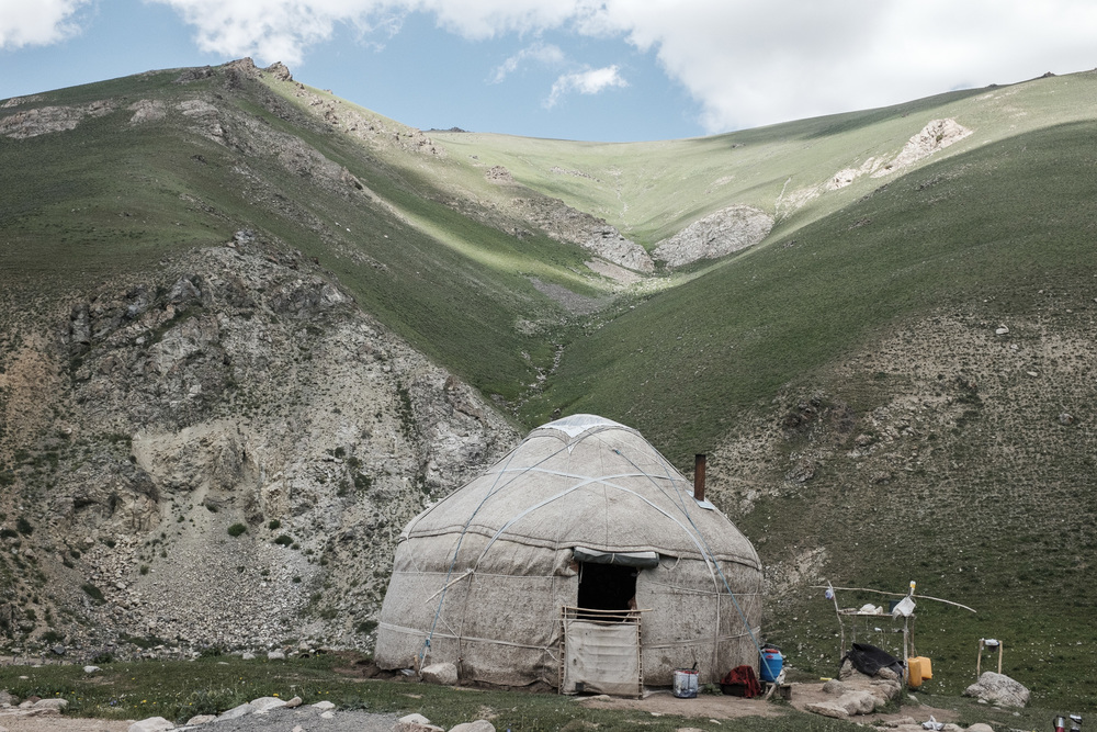 Yurt somewhere in Otmok pass, Talas region