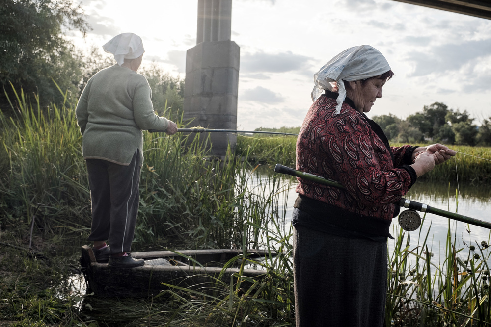 Fishing ladies at the Volga, near Tabola village in the delta