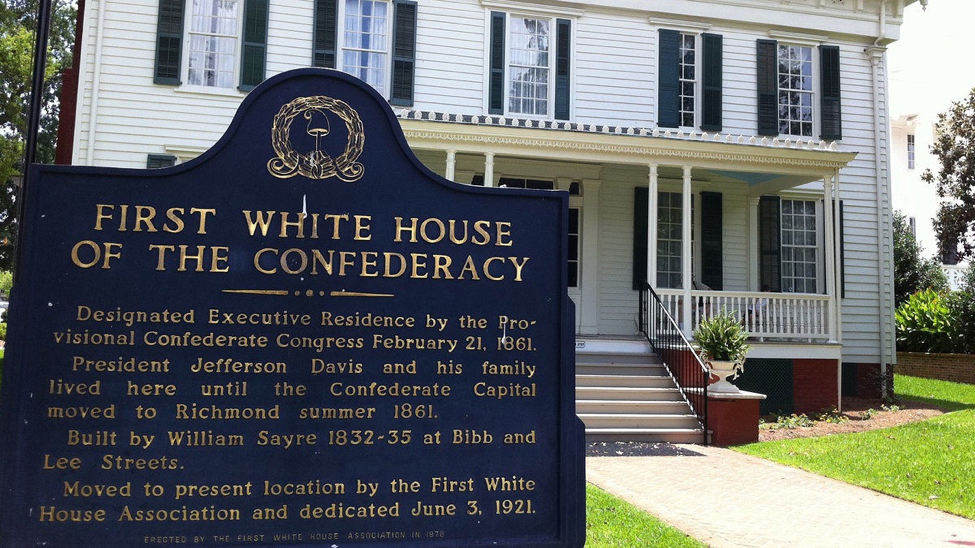 The White House of the Confederacy, where Jefferson Davis lived in the early stages of the Civil War.   photo by TranceMist/Flickr/CC BY 2.0
