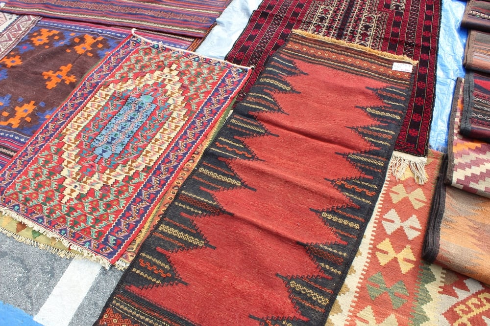 Textiles + Rugs | Rose Bowl Flea Market | Los Angeles | Interior Design | www.foundandkept.com