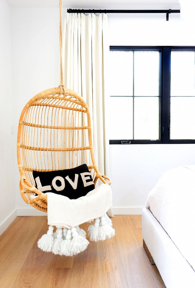 bohemian interior | love pillow | www.foundandkept.com