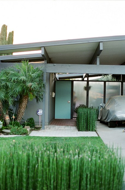 Eichler Home | Friday Faves | www.foundandkept.com