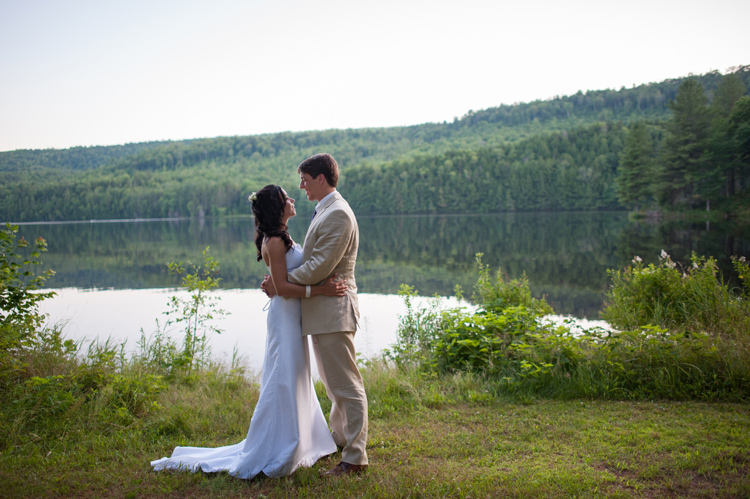 wedding at osprey lodge at northern outdoors in the forks me (14)