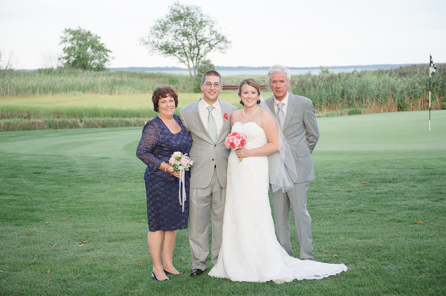 Quidnessett-Country-Club-Wedding-0022