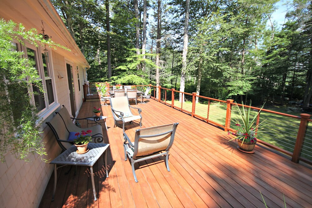 deck building contractors Beverly MA