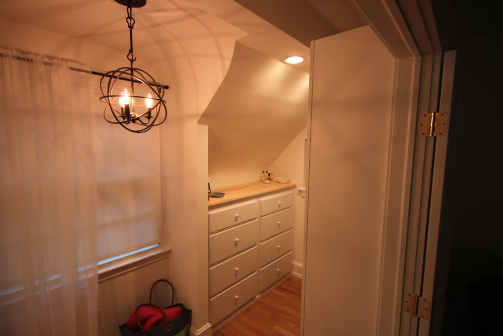 Custom-Closet-godfrey-design-build.jpg
