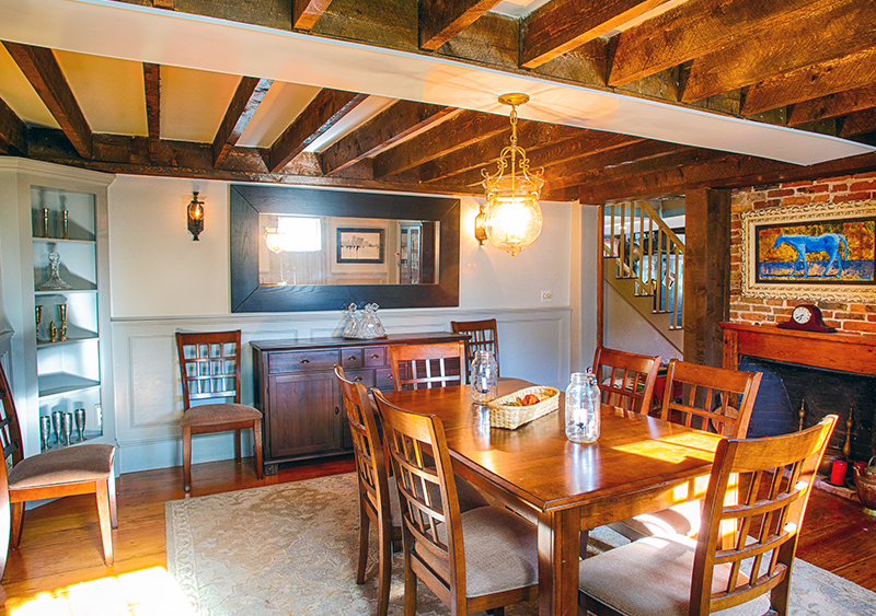 farmhouse-dining-room-godfrey-design-build-north-shore-home-remodel.png