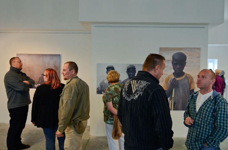 Ausstellung-Gagarin-in-Afrika-1.jpg