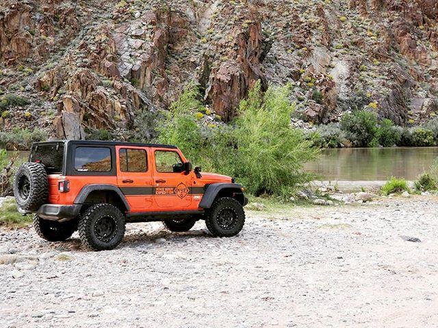 Driving on 2 Billion year old schist rock. Where are we? . #jeep #4x4 #jeeprental #explore #sedona #rentaljeep #overlandexpo #overlandwest2019 #offroad #jlu  #overlandexpo2019 #wrangler #redrock #adventuremore #roadtrip