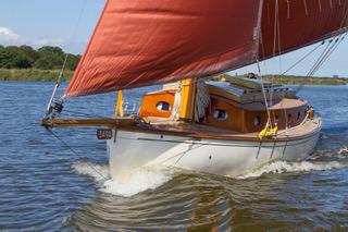 Dreamtime-classic-yacht.jpg