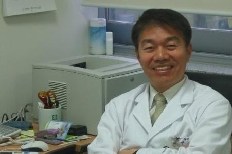 Dr Shin II.jpg