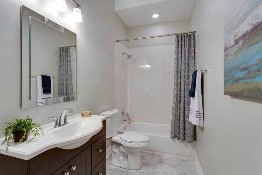 N Street - Bathroom 4.jpg