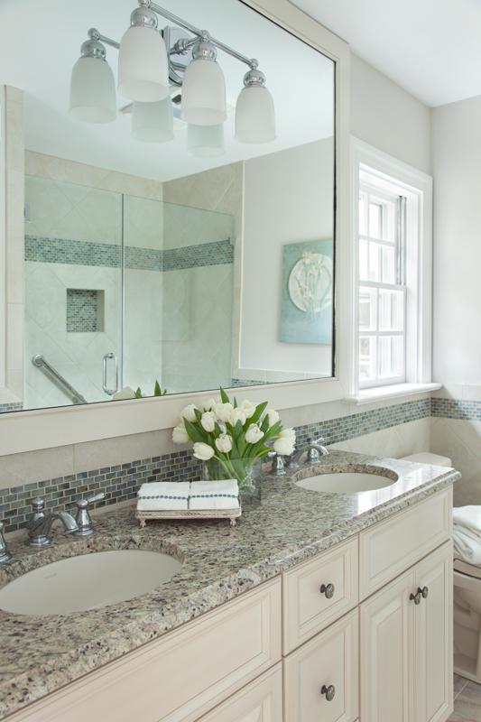 Dillard+Bathroom+2.jpg